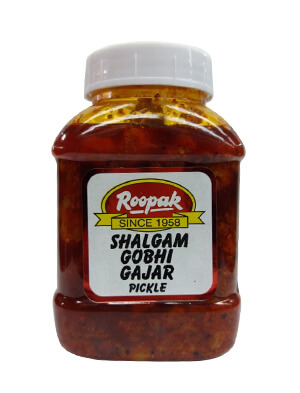 Shalgam Gobhi Gajar Pickle